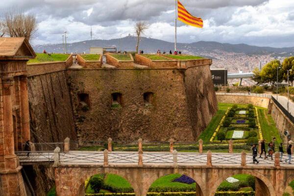 gavina mar actividades castell montjuic barcelona