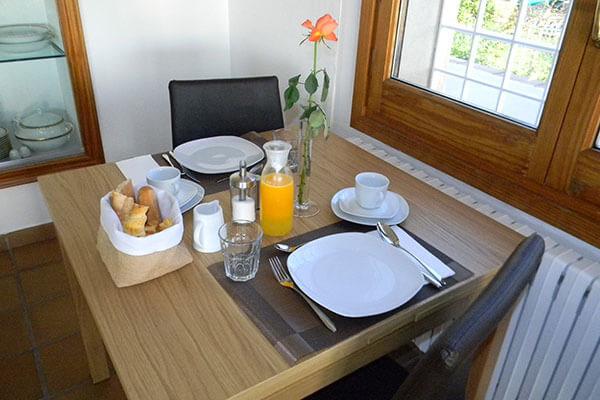 gavina mar mesa desayuno