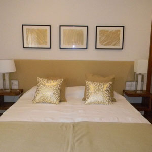 gavina mar room golden bed