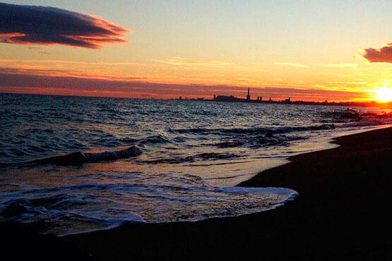 gavina mar actividades playa el masnou vistas